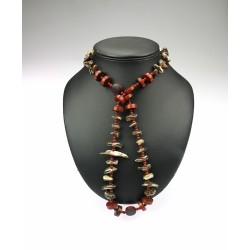 The necklace with sea shell