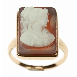 The gold ring with cameo