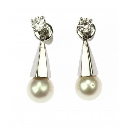 Gold diamond earrings with...