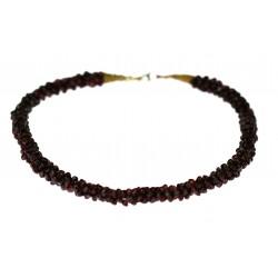 Necklace with almandines