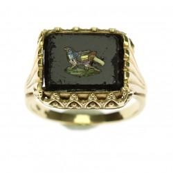 Zlatý prsten s mozaikou