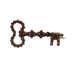 Granátová brož - klíč