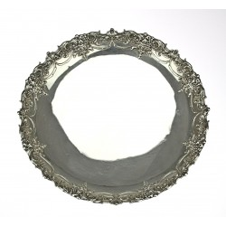 Stříbrný dekorativní talíř...