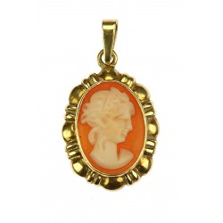 Pendant with cameo