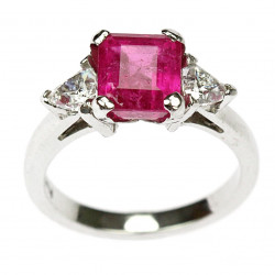 Platinum ring with pink...