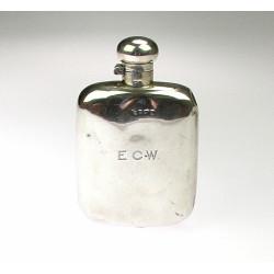 Stříbrná cestovní lahev