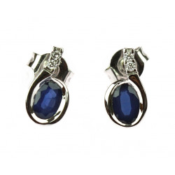 Gold earrings with sapphire...