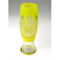 Yellow vase - pineapple
