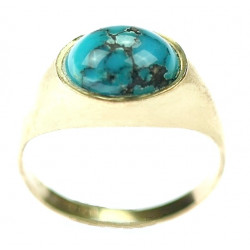 Gold ring with turquoise