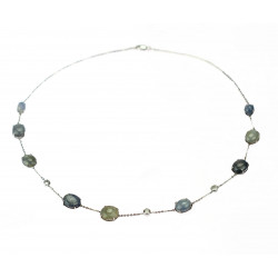 Necklace with sapphires and...