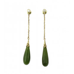 Gold earrings with jade