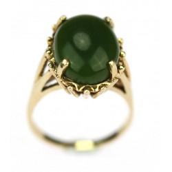 Zlatý prsten s jadeitem