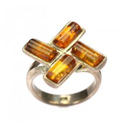 Jantarový prsten