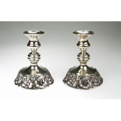 Stříbrné párové svícny