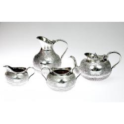 Viktoriánský stříbrný set...