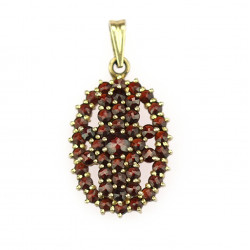 Silver pendant with garnets