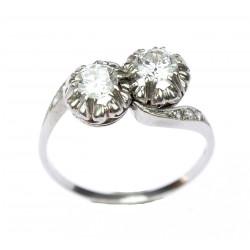 Platinový prsten s brilianty