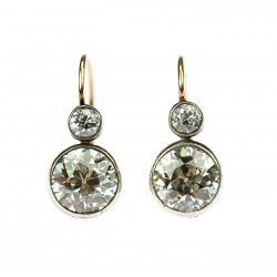 Diamond earrings 3.28 ct -...