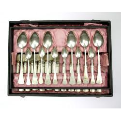 Stříbrné příbory -...