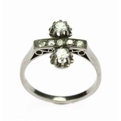 Platinový prsten se...