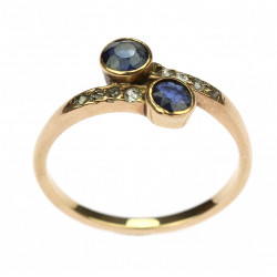 Gold ring with sapphires -...