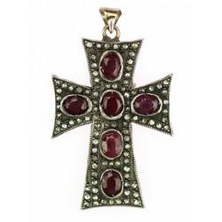 Stříbrný křížek s rubíny a...