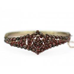 Czech garnet bracelet