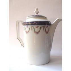 Mocca porcelain pot