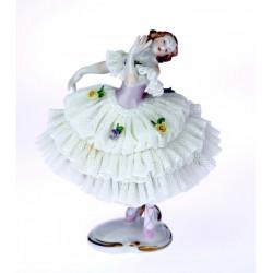 Tanečnice v tylové sukni -...