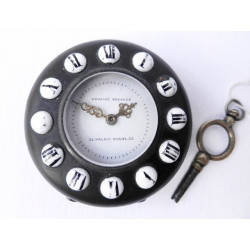 Kapesní hodinky na klíček