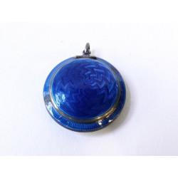 Stříbrná pudřenka s modrým...