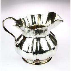Stříbrný džbánek na vodu