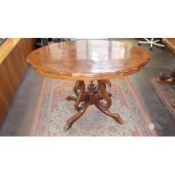 Dřevěný stolek  historismus...