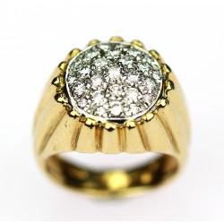 Gold round cut diamond ring