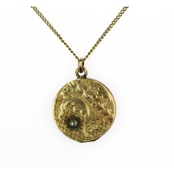 Gold openable pendant with...