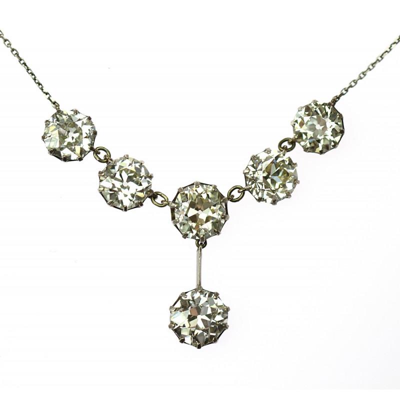 e344380bf Náhrdelník vyrobený ze stříbra a osázený starobrusnými diamanty o celkové  váze 24,20 ct původem z Rakouska-Uherska z období mezi lety 1902-1921.