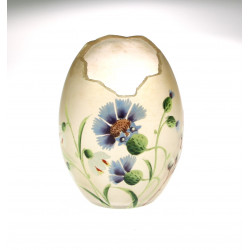 Art-nouveau eastern egg