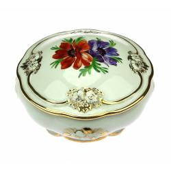 Porcelánová dóza s květy