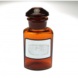 Pharmacy decanter