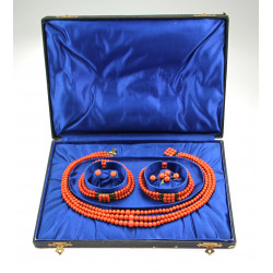 Set of sea coral jewelry