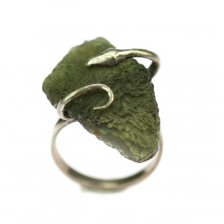 Hadí prsten s vltavínem