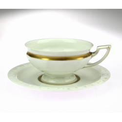 Porcelánový šálek s...