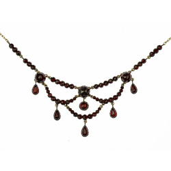 Granátový koliér - 1880