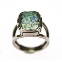 Stříbrný prsten s římským...