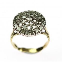 Zlatý prsten s routami