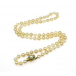 Pearl necklace with gold...