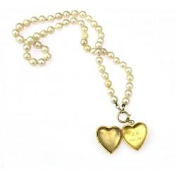 Perlový náhrdelník s medailonkem