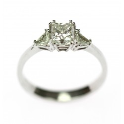 Zlatý prsten s diamanty +...