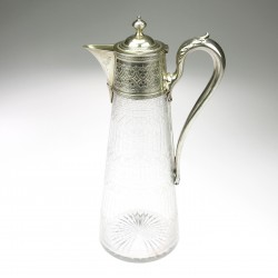 Wine carafe with silver mount
