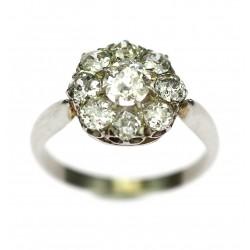 Platinový prsten s diamanty